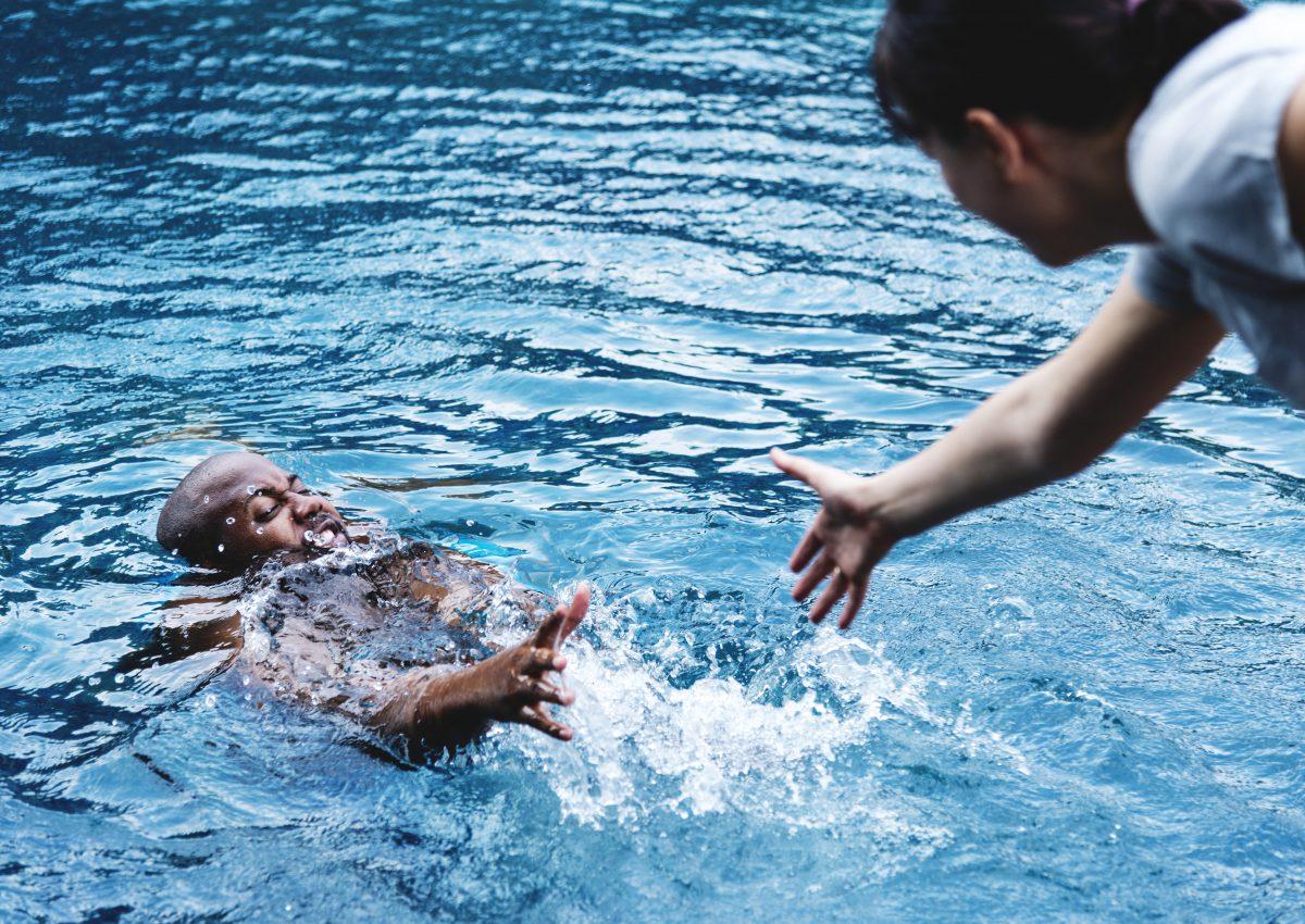 primeros auxilios ahogamiento